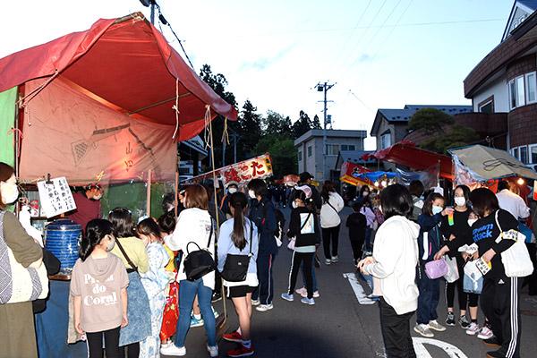 5月~10月 宵宮(約80カ所の神社で開催)